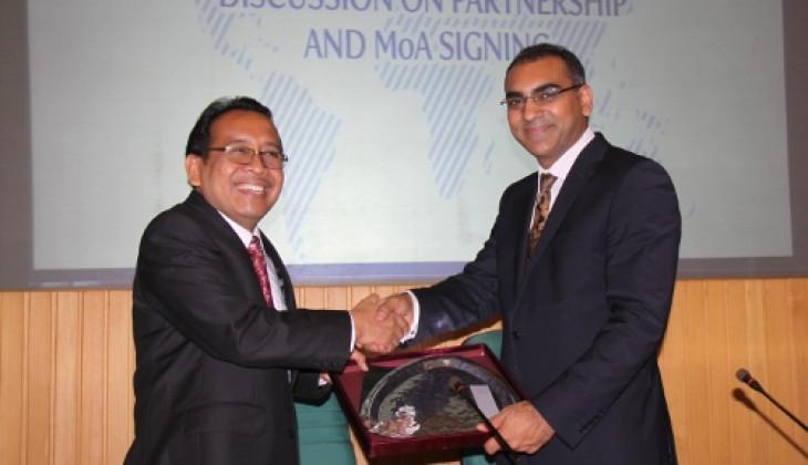 UGM Perkuat Kerjasama dengan Monash University