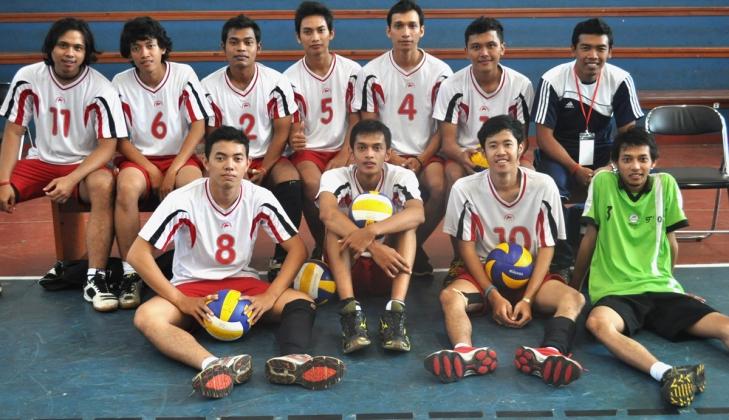 Tim Voli UGM Runner Up Voltour Padjajaran Competition