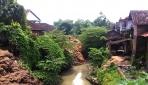 Limbah onggok dari 25 industri pengolahan aren di dusun Bendo dan Margoluwih, Desa Daleman, Tulung, Klaten