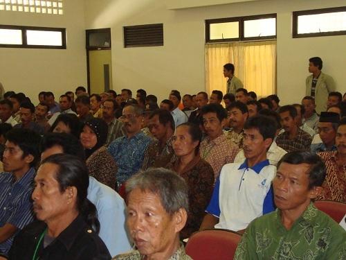 Dosen Fakultas Peternakan UGM 'Turun Kandang'