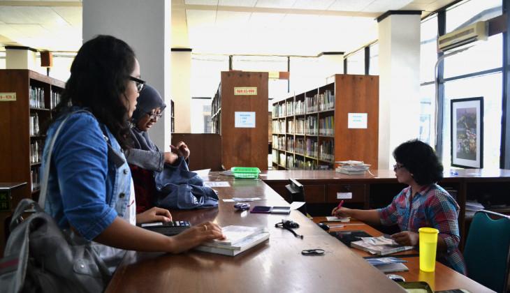Wakili DIY, Pustakawan UGM Sabet Juara III Nasional