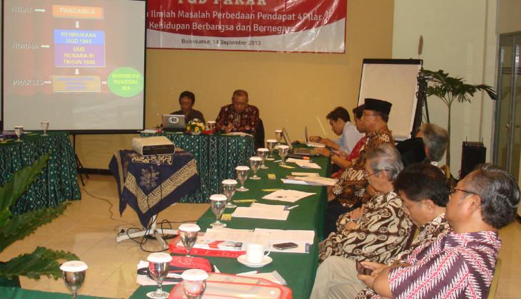 Akademisi dan Tokoh Masyarakat Desak MPR Hentikan Sosialisasi Konsep 4 Pilar