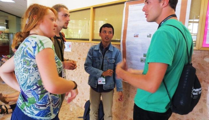 Mahasiswa UGM Ikuti Simposium Kehutanan Internasional