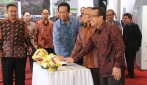 Menteri PU Tandai Peletakan Batu Pertama Pembangunan Rusun Asrama Mahasiswa Kinanti