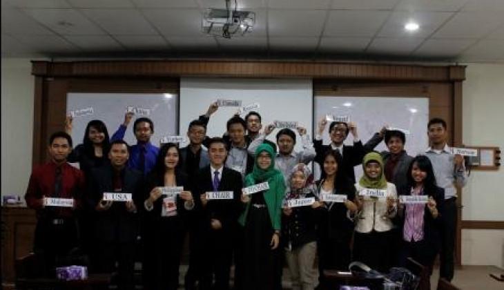 Mahasiswa UGM Gelar Sidang Simulasi WTO
