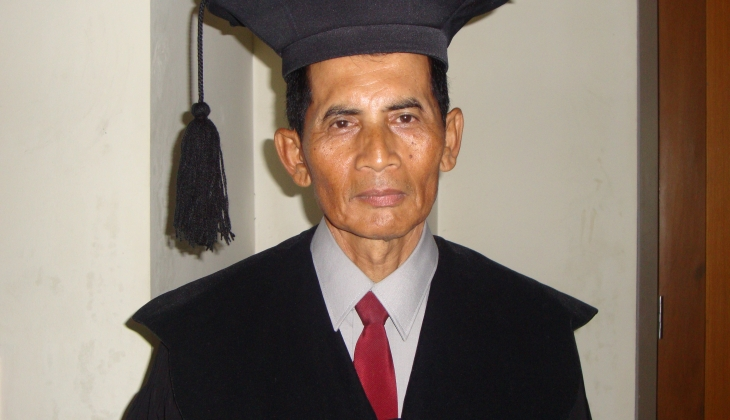 Raih Doktor Usai Teliti Fakta Sejarah Novel Indonesia