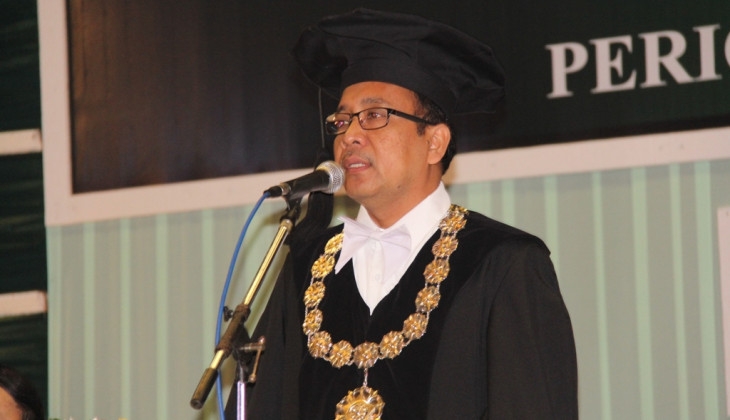 UGM Rector Challenges Vocational School to Make Ash Cleanser