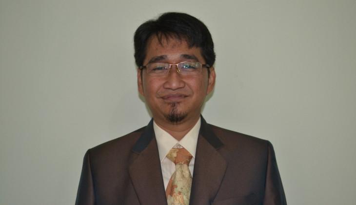 Raih Doktor Usai Meneliti Tingkat Kepercayaan Karyawan pada Supervisor