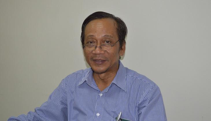 Raih Penghargaan, Prof. Syamsul Terus Jaga Tradisi Menulis