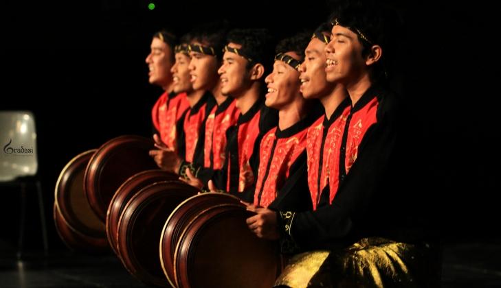 Mengikuti Festival di Eropa, Rampoe UGM Harumkan Indonesia