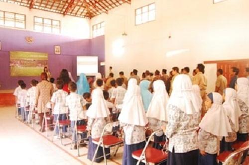 Hadapi Melemahnya Pasar Ekspor Gerabah Kasongan KKN PPM UGM Luncurkan Edu-Eco-Tourism