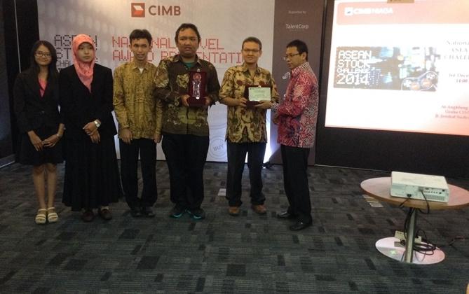 UGM Juara Asean Stock Challenge 2014