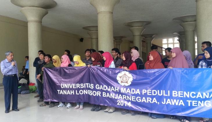 UGM Kirim 33 Relawan ke Banjarnegara
