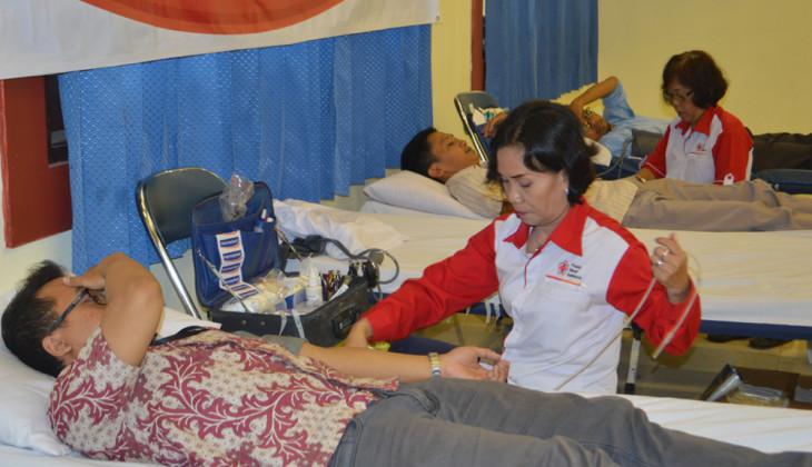 UGM Gelar Aksi Donor Darah Untuk Kemanusiaan