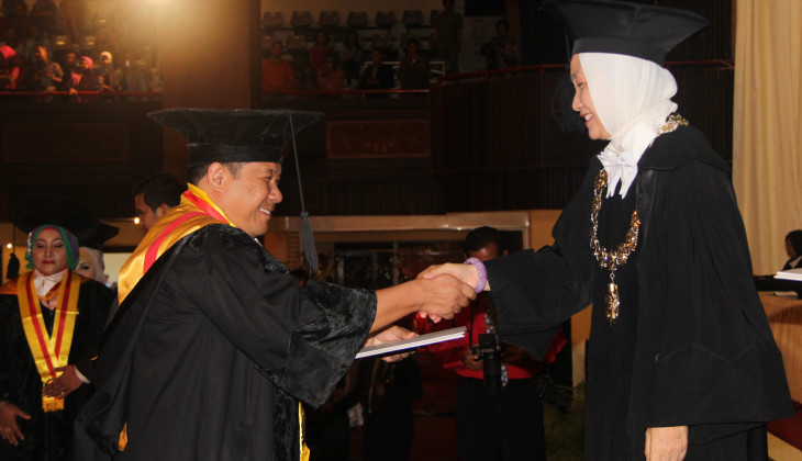 UGM Rector Encourages Government for East Indonesia Development