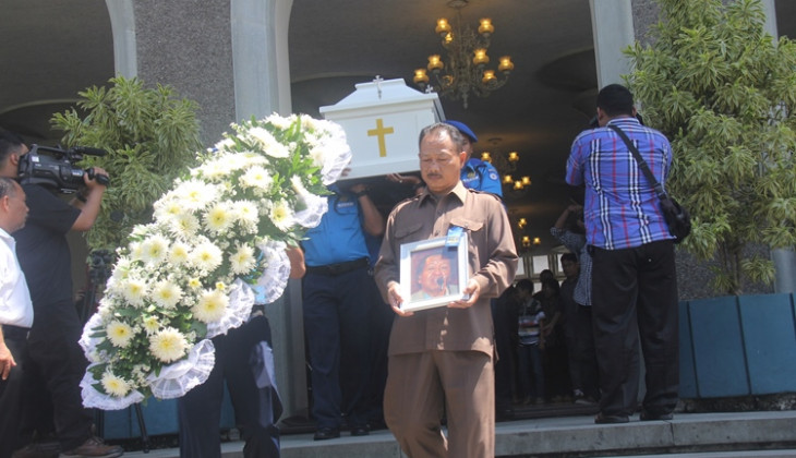 Guru Besar Fisipol, Prof. Dr. J. Nasikun Meninggal Dunia