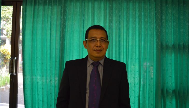 Teliti Penyakit Huanglongbing Tanaman Jeruk, Rachmad Raih Doktor