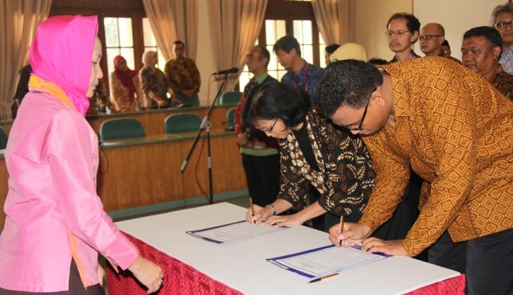 UGM Dorong Pusat Studi Kembangkan Inovasi