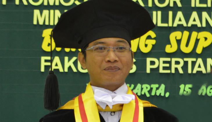 Teliti Efisiensi Seleksi Berdasar Penanda Molekular, Dosen UPN Yogyakarta Raih Doktor