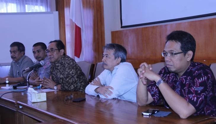 UGM Sikapi Pengembangan Industri Semen di Indonesia