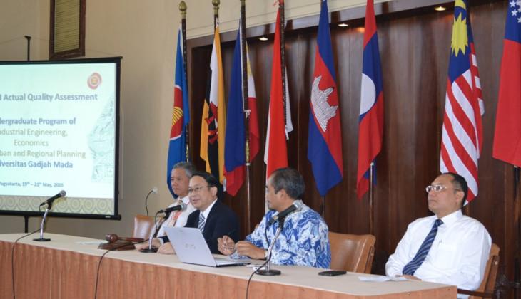 Tiga Prodi di UGM Dinilai Oleh AUN-QA