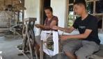 Anak Pembuat Serbet Diterima Kuliah di ELINS UGM