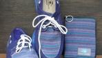 Sepatu berbahan stagen warna