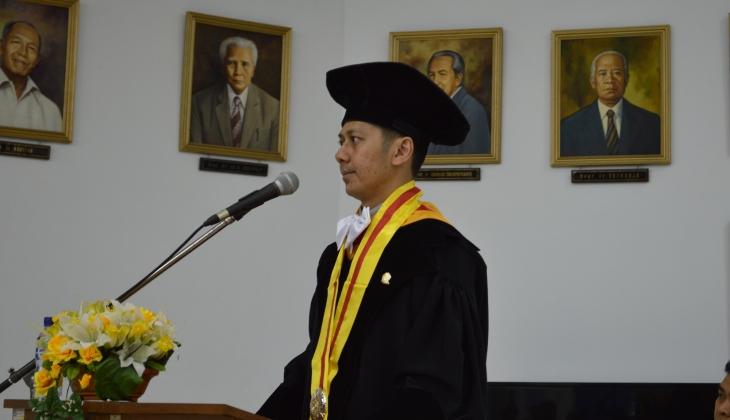 Kaji Morfologi Kota Jawa, Rony Raih Doktor