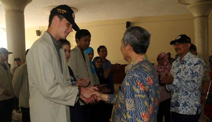 UGM Sends 280 Students for Community Service