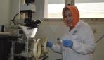 Tri Yuliati Raih Penghargaan Laboran Berprestasi Terbaik Nasional