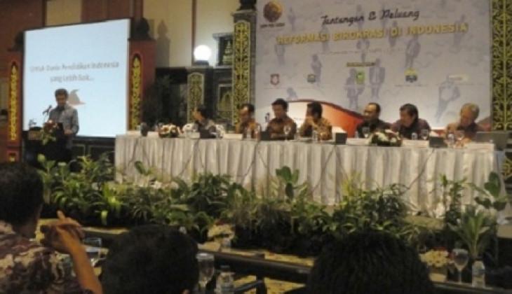 Pertaruhan Reformasi Birokrasi di Indonesia