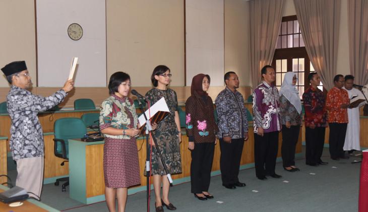 UGM Lantik Delapan Pejabat Baru