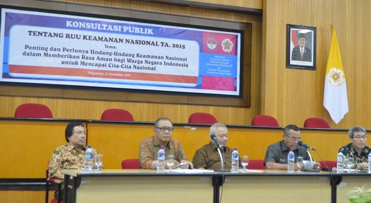 Konsultasi Publik RUU Kamnas di Sekolah Pascasarjana UGM, Senin (21/12).