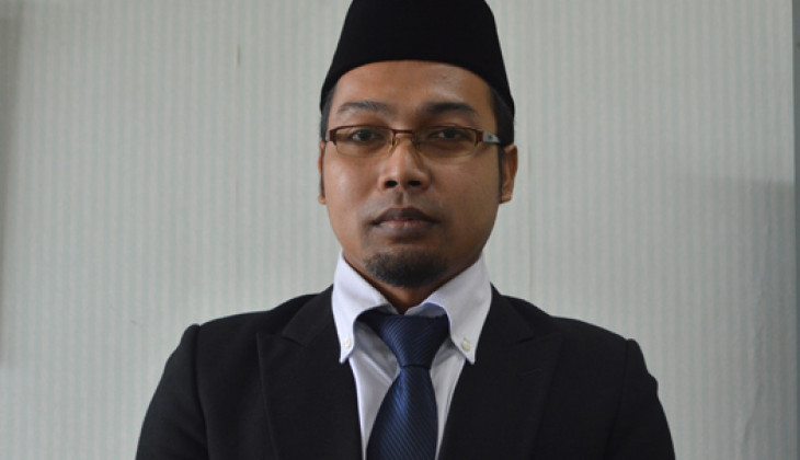 Nur Faizin berhasil  meraih gelar doktor usai menjalani ujian terbuka program doktor di Sekolah Pascasarjana UGM, Jum'at (29/1).