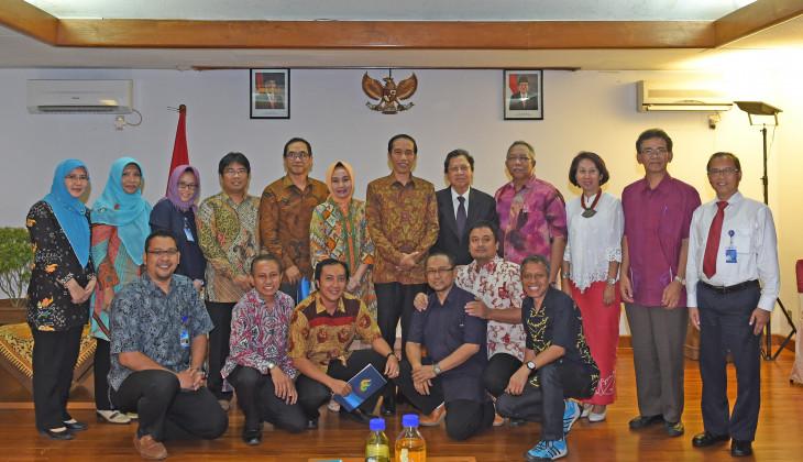 Presiden Jokowi Terima Para Peneliti UGM