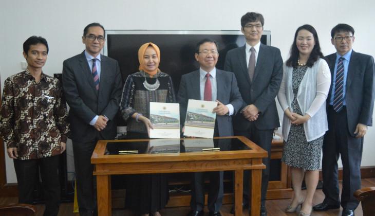 UGM Tandatangani MoU dengan University of Seoul