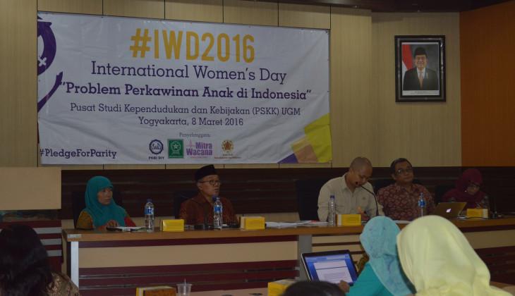 Suasana Seminar Memperingati Hari Perempuan