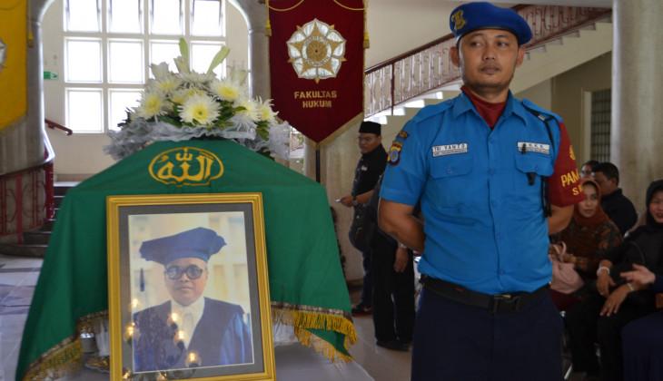 Guru Besar Prof Bambang Poernomo Berpulang