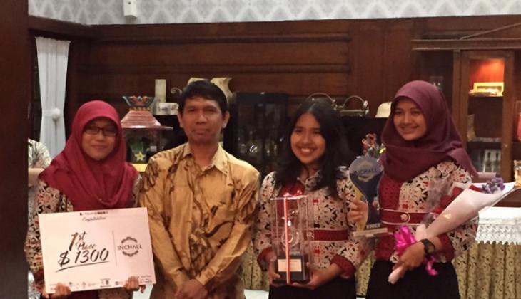 "Mahasiswa UGM Menang Kompetisi Industri Se-Asia Tenggara ""INCHALL"""