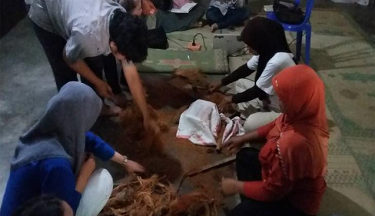 Manfaatkan Limbah Sabut Kelapa Menjadi O Coco