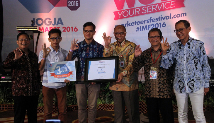 Tim FEB UGM Terbaik dalam Jiwasraya WOW Case Competition