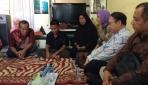 Rektor UGM Berkunjung ke Rumah Almarhumah Febi