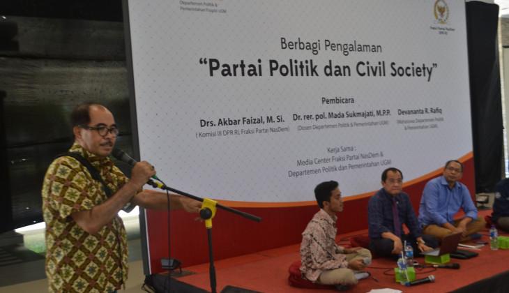 Cornelis Lay: Politisi Perlu Pendidikan Politik dari Kampus