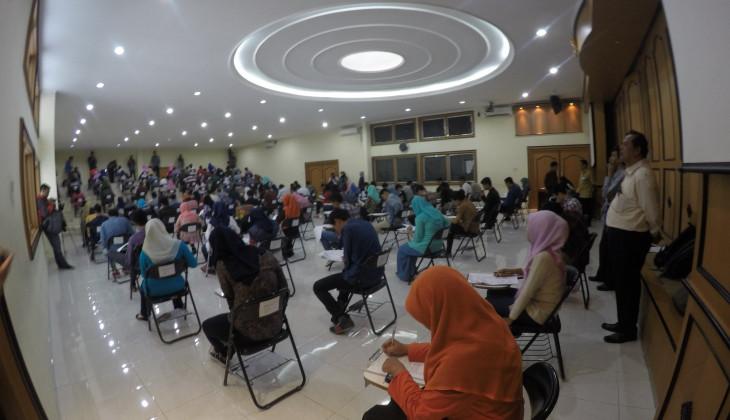3.074 Calon Mahasiswa Baru Diterima di UGM Melalui Jalur Ujian Tulis