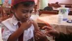 Ilustrasi pemberian vaksin campak (foto: antara)