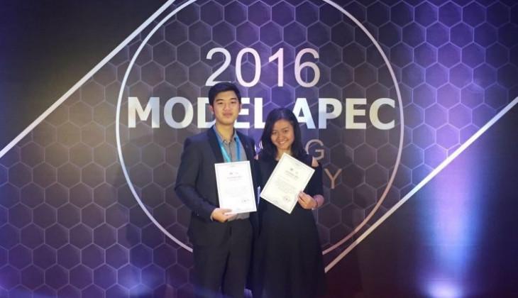 Mahasiswa UGM Raih Best Presentation Model APEC di Beijing