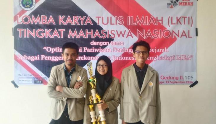 Angkat Wisata Kapal Karam, UGM Juara LKTI Nasional