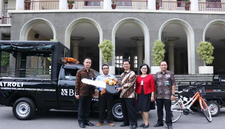 UGM Terima Bantuan Mobil Patroli BNI