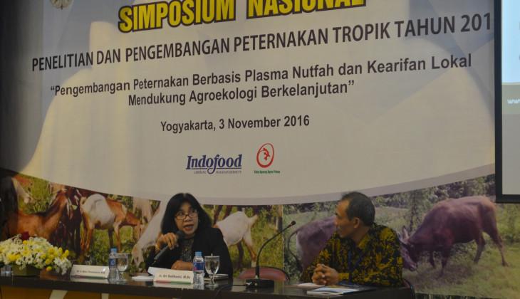 Fapet UGM Gelar Simposium Pengembangan Peternakan Tropik