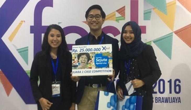Tim Mahasiswa Akuntansi FEB UGM Juara XFest Case Competition 2016